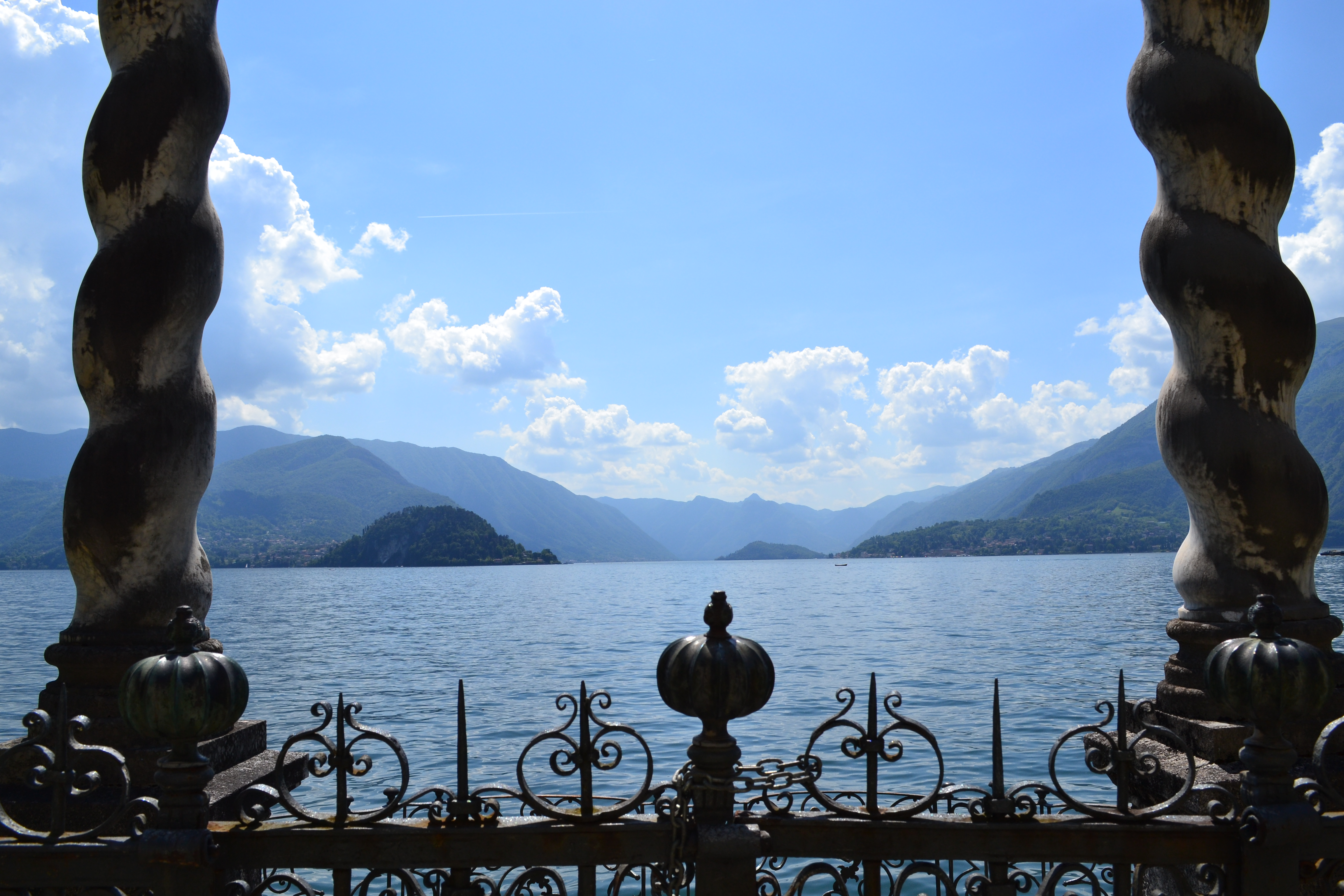Lago di Como: villa Monastero a Varenna